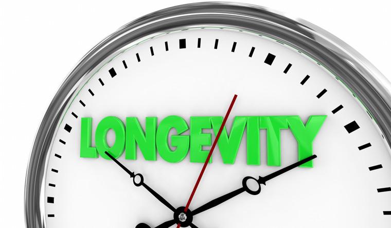 Longevity-Lasting-Over-Time-Clock-lifespan-shut