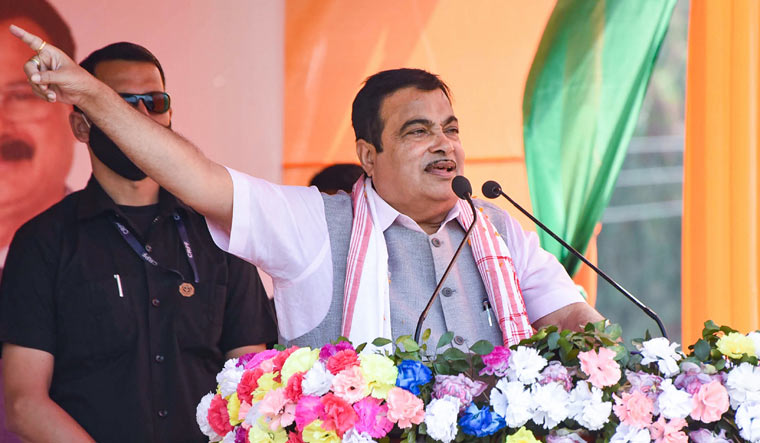 Chinese companies have not invested in Indian highways: Gadkari