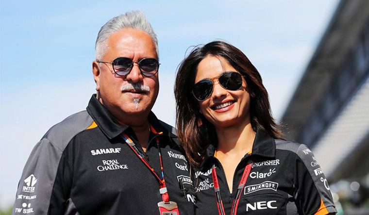 Vijay Mallya set to marry his girlfriend Pinky Lalwani?