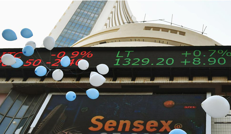 Sensex reclaims 40,000 mark in early trade, Nifty above