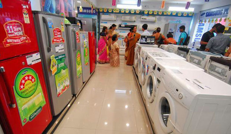 Consumer confidence in India at 5-year low