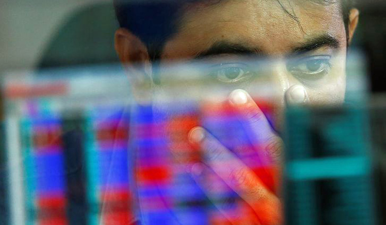 Sensex, Nifty extend losses as India-Pakistan tension escalates