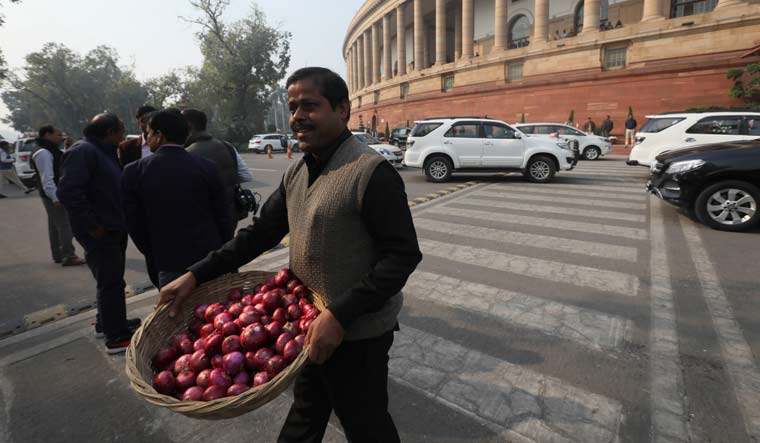 Debate over onion prices spices up political talk