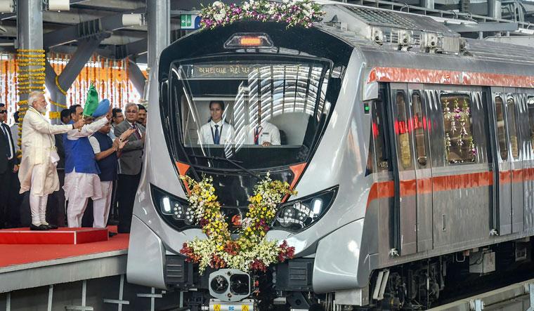 ahmedabad-metro-pti