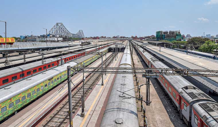 In a first, Indian Railways achieves 100% punctuality of trains - The Week