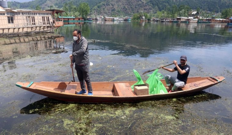 houseboat-kashmir