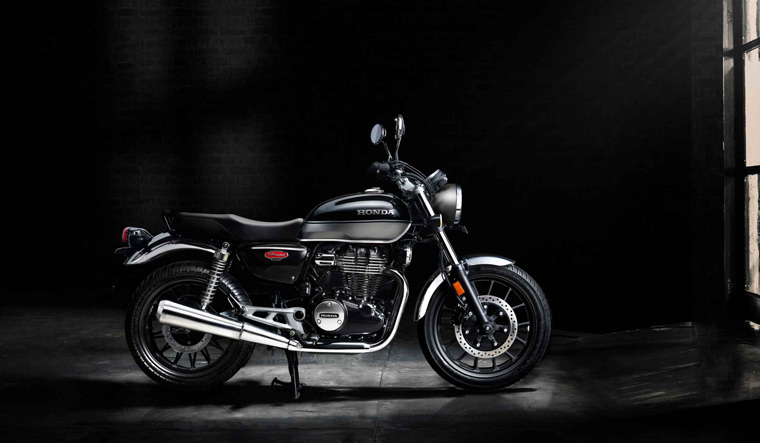 Honda Unveils H Ness Cb350 Motorcycle To Take On Royal Enfield S Classic 350 The Week