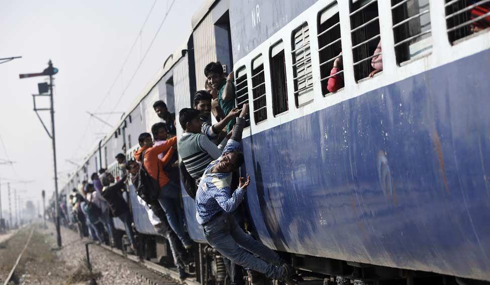 Railways-Budget-crowded