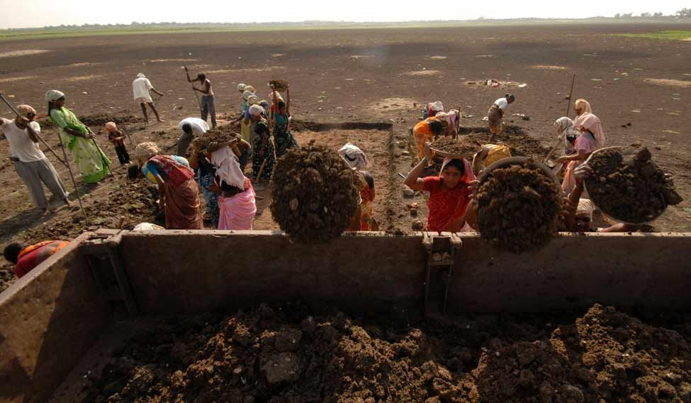 women-labourers-reuters