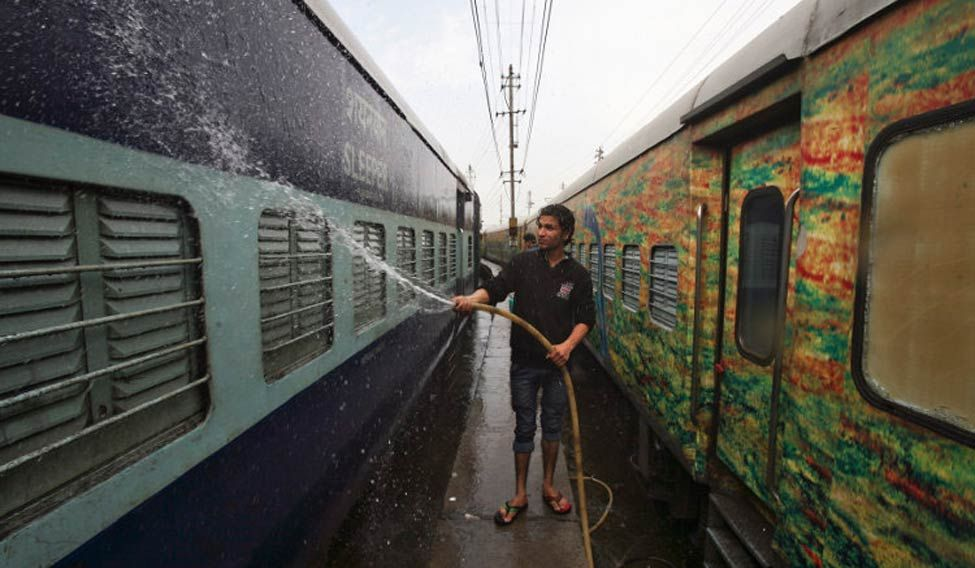 railways-cleaning-reuters