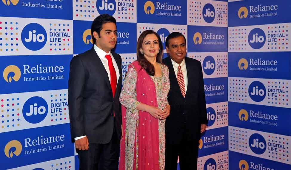 Reliance Jio to offer free voice calls, data, roaming