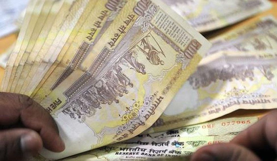Will currency ban affect fortunes of politicos in UP?