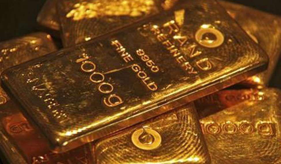 Indians shun gold buys during Akshaya Tritiya as prices, drought sting