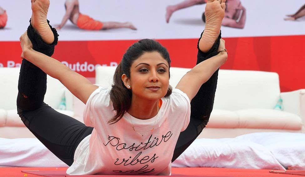 shilpa-shetty-yoga-afp