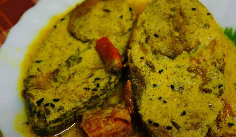 Ilish-macher-paturi