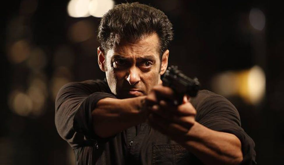 Salman Khan comes to the support of Pakistani actors after film body bans them