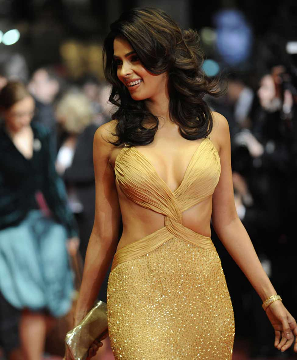 mallika sherawat is in love!