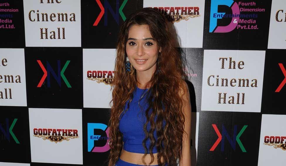 Mumbai: Actor actor Sara Khan during the announcement of new Film, The Cinema Hall, in Mumbai, on April 17, 2015. (Photo: IANS)