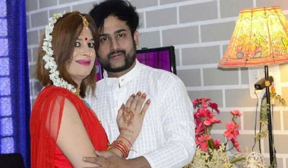 Bobby Darling charges husband with harassment and dowry