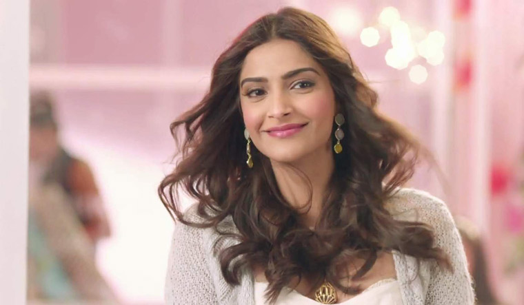 Sonam Kapoor Goes Off Twitter Says It Is Just Too Negative The Week