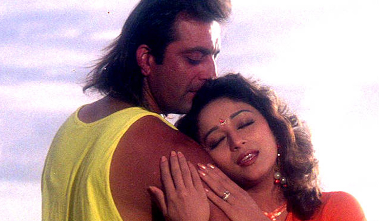 Sanjay Dutt and Madhuri Dixit to let bygones be bygones