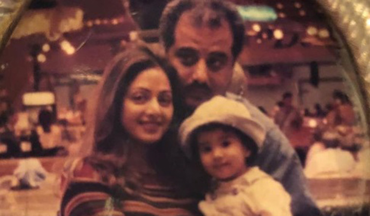 Janhvi posts childhood photo on Sridevi's 55th birth anniversary