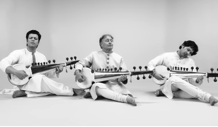 Amjad Ali Khan's recreated version of national anthem will mesmerise you