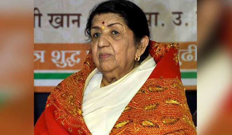Lata Mangeshkar to release memoir penned by sister Meena on 90th birthday