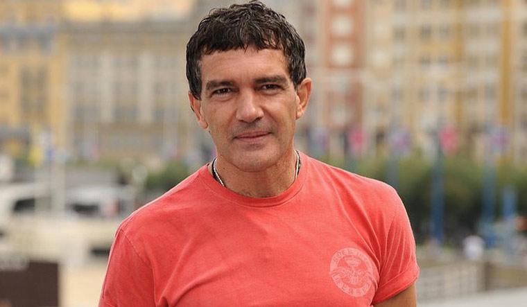 Antonio Banderas tests COVID-19 positive on his 60th birthday