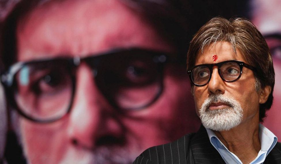 Amitabh Bachchan turns poet to celebrate 49th anniversary in Hindi cinema