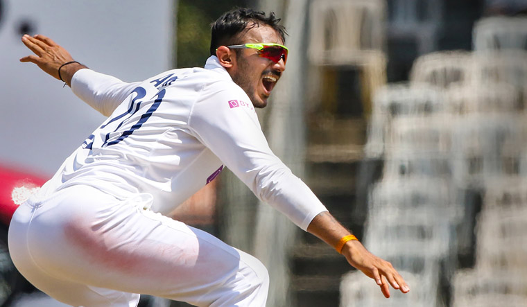 Gavaskar says Axar Patel 'knows and bowls to his strength' after his six-for on Day 1
