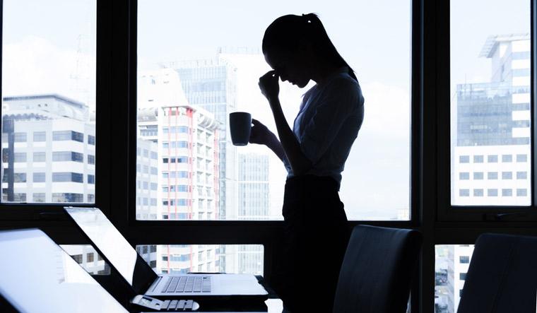 job-jobloss-office-disappoinement-