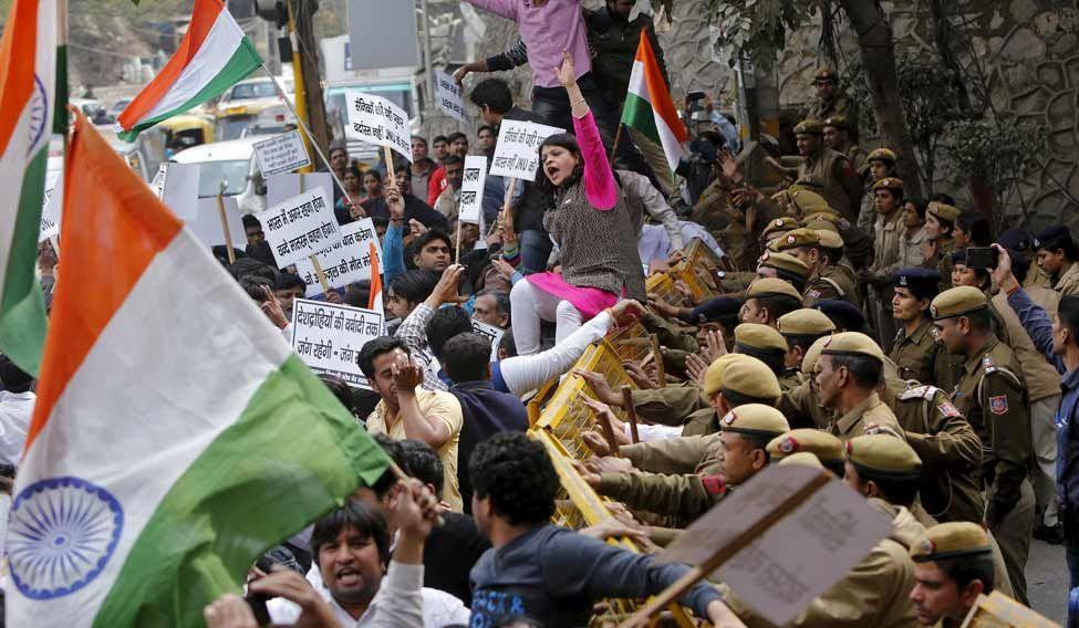 INDIA-POLITICS/