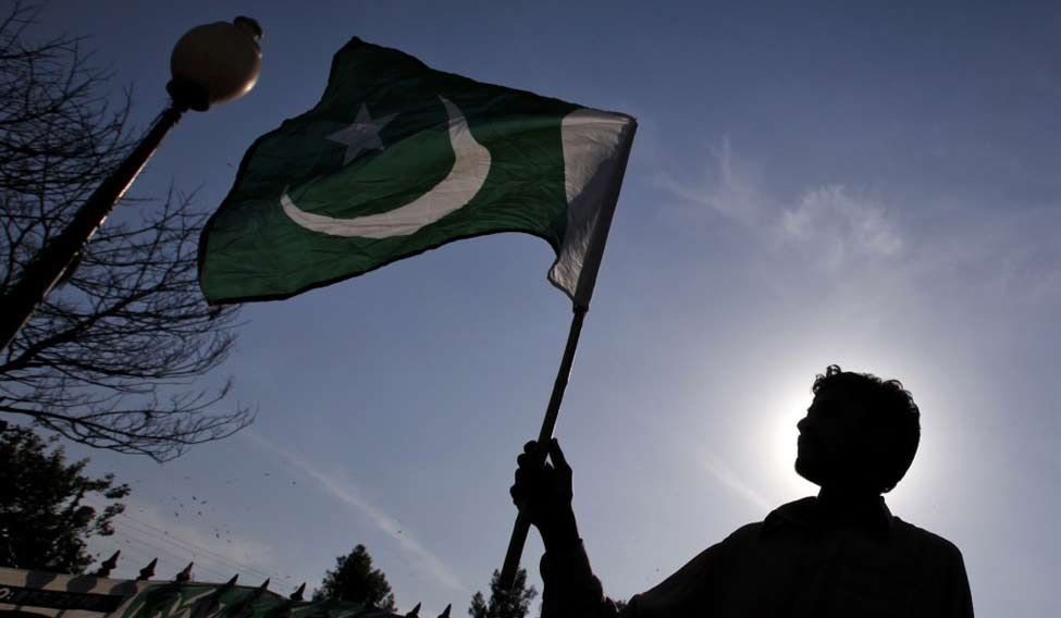 pakistan-flag-reuters