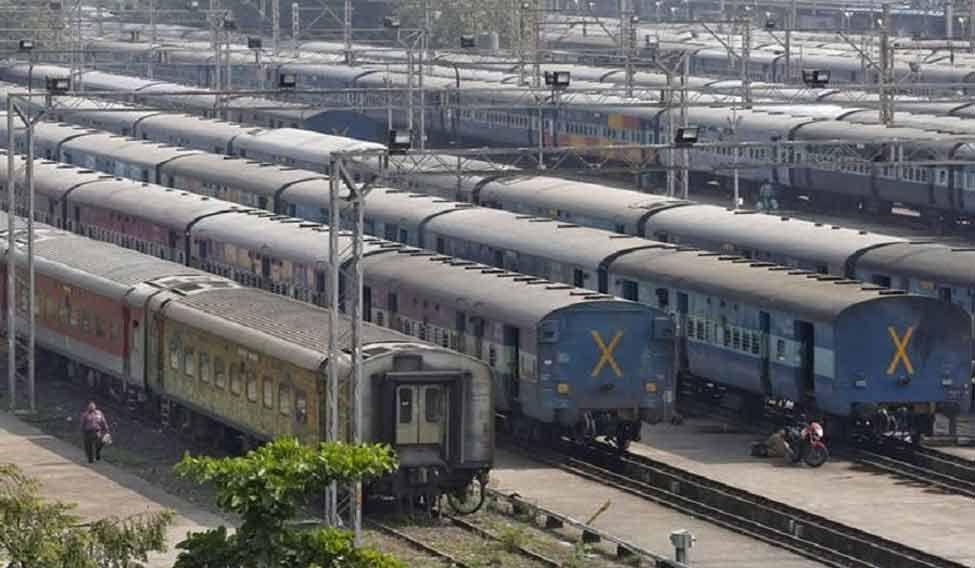 INDIA-TRAINS