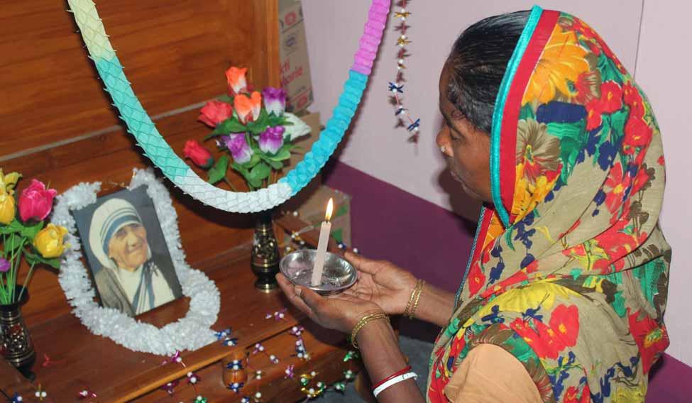 INDIA-VATICAN-RELIGION-TERESA