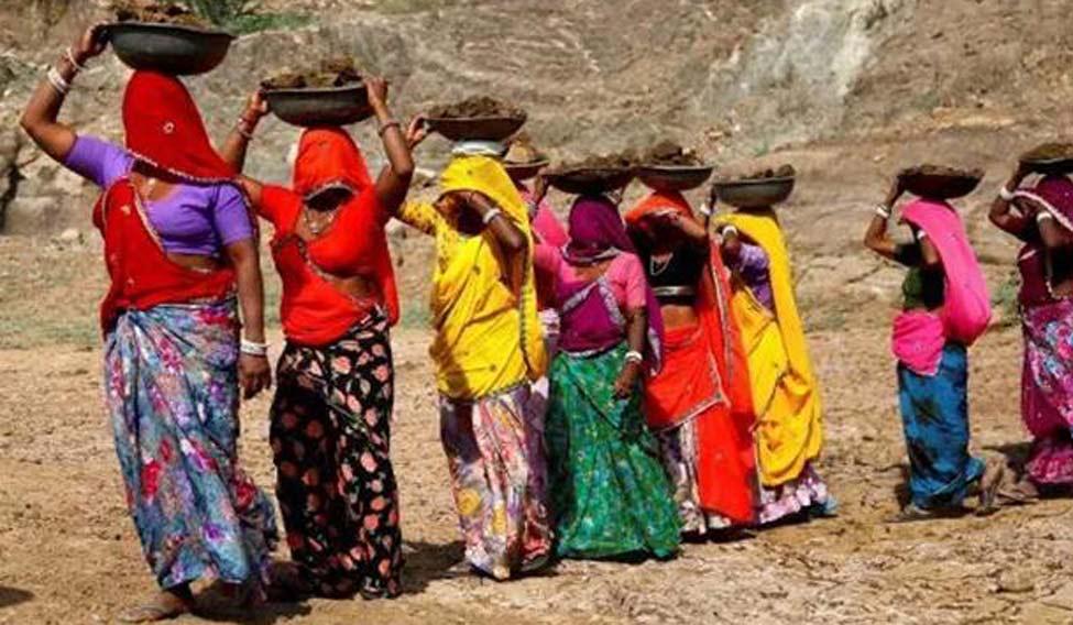 rural-women-file-pti