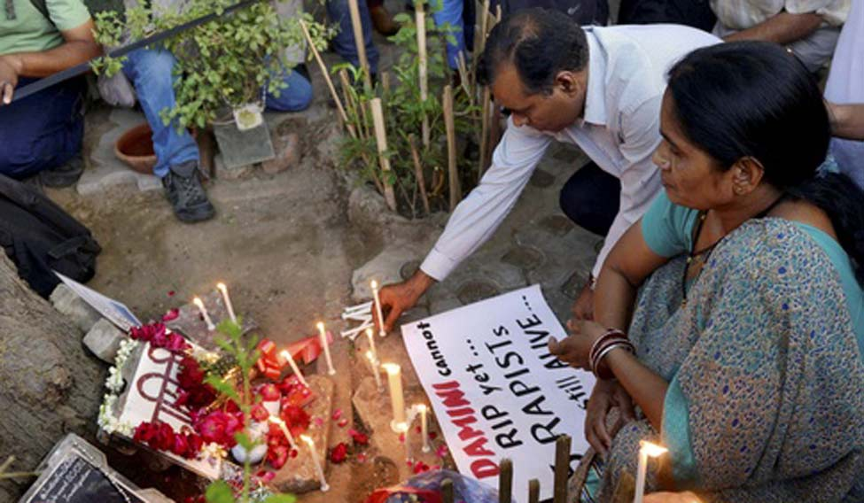 [File] Nirbhaya's mother hoped that the family of the Hyderabad victim will be able to see the accused getting punished soon | PTI