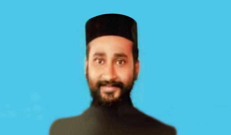 Kerala church scandal: One of the accused priests surrenders - The Week