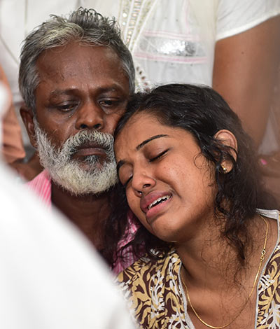 Hopes Shattered Kevins Father Joseph Consoles Neenu After His Body Was Recovered Reju Arnold