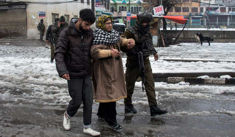 Attack on Srinagar CRPF camp foiled, encounter underway