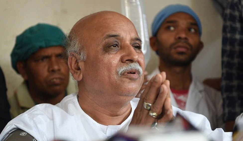 Encounter plan being hatched to kill me, claims Praveen Togadia