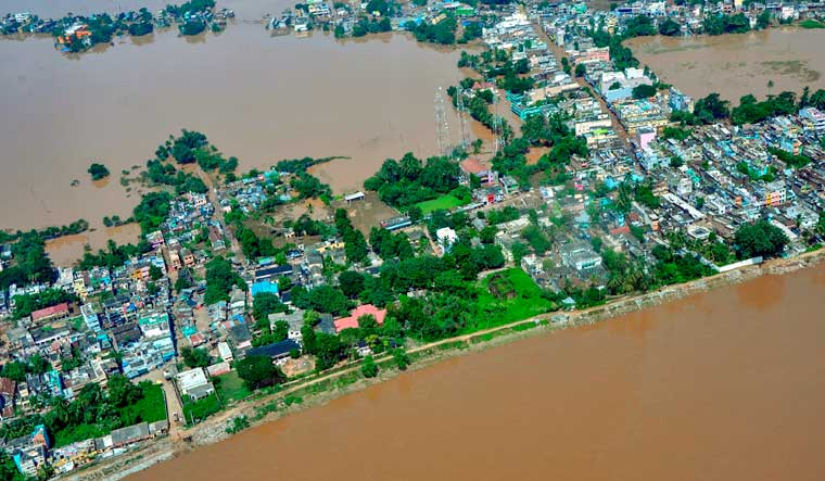 titli-flood-odisha-pti