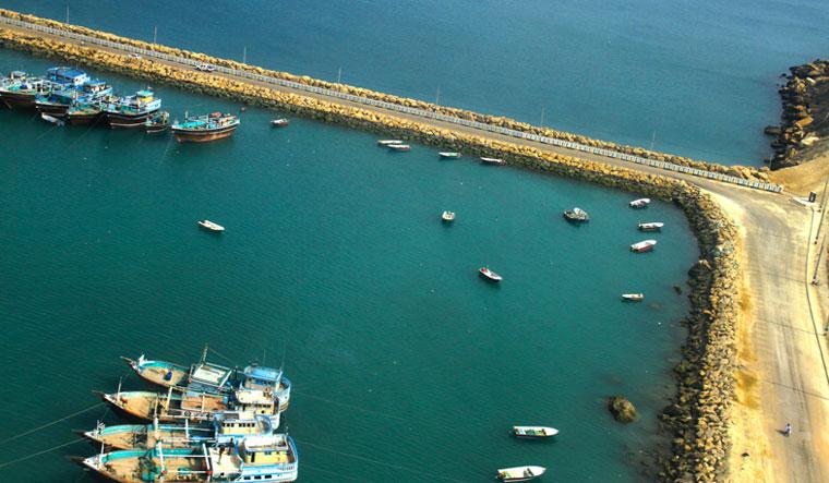 Chabahar-Port-boats
