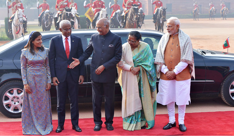 Maldives President Ibrahim Mohamed Solih and his wife Fazna Ahmed with President Ram Nath Kovind, his wife Savita Kovind and Prime Minister Narendra Modi during Solih's ceremonial reception at Rashtrapati Bhavan, in New Delhi | Arvind Jain