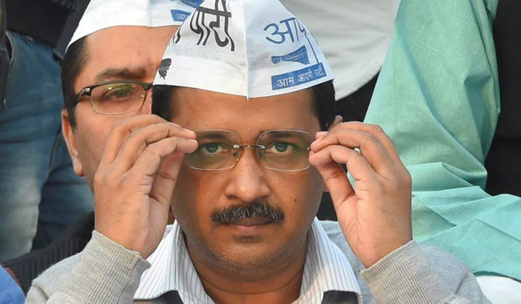 Delhi crisis: AAP minister detained for protest near Rajnath's home