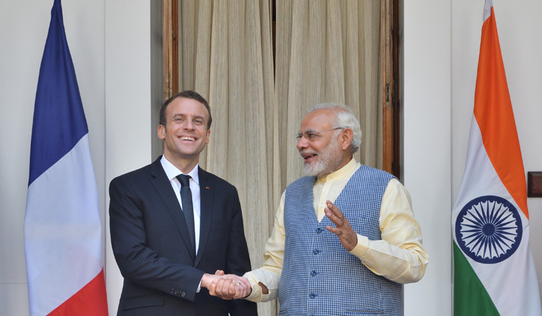 Narendra Modi, French President to hold delegation level talks today