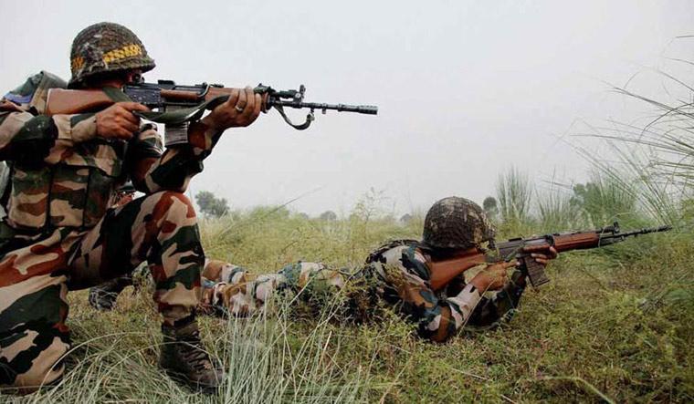 Pak opens fire along LoC in Rajouri, Poonch, jawan injured