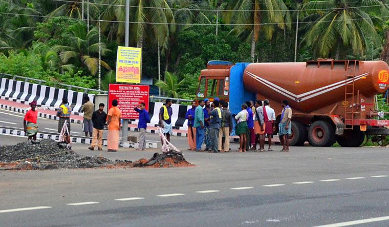 Kerala high court orders CBI probe into Shuhaib murder case