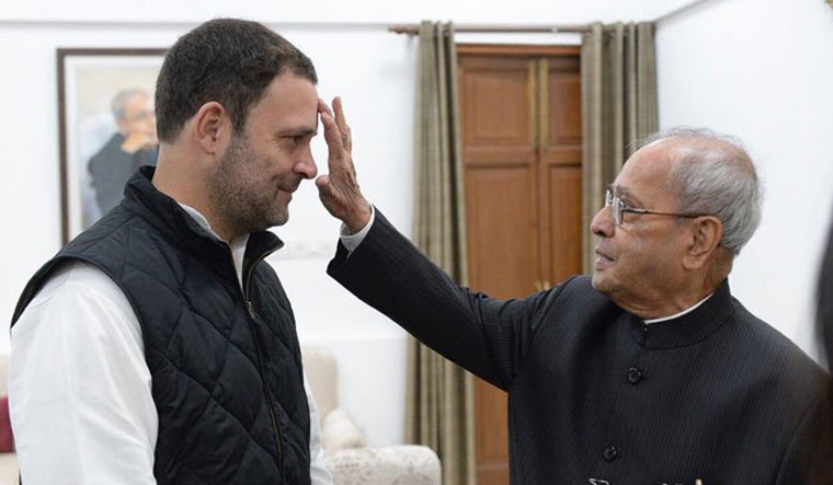 Exclusive: Rahul batted for Manmohan as PM in 2004, over Pranab - The Week